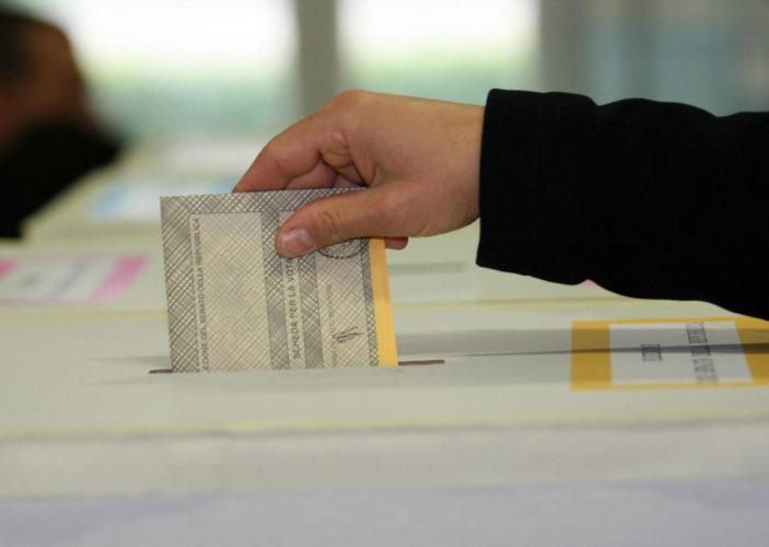 Osservatorio Demopolis - Astensione&Affluenza: ad un mese dal voto cresce a sorpresa l'astensione, altissima tra i giovani.