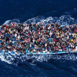 Sondaggio Ixè - immigrazione: Italiani divisi sui respingimenti, ma la quota dei favorevoli aumenta