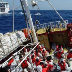 Noto Sondaggi: Migranti, caso Sea Eye: maggioranza degli italiani favorevole a sbarco e ripartizione